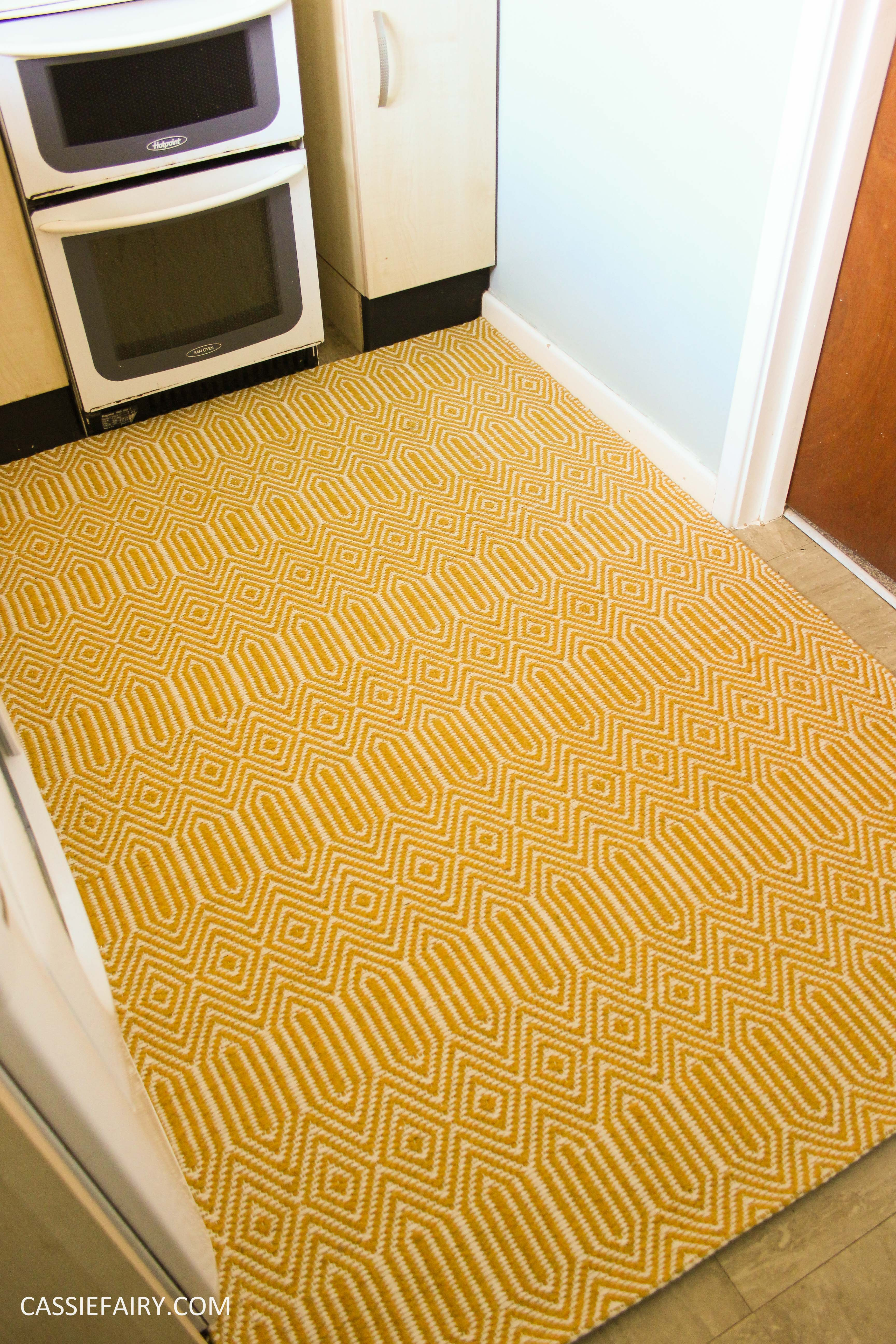 Small yellow rug rugs ideas for Small room rugs